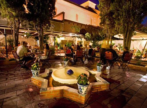 JardinesdeZoraya Granada Terraza