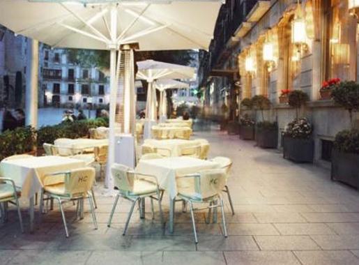 la catedral hotel colon barcelona terraza1